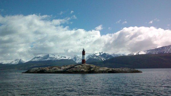 Faro del fin del mundo en Ushuaia - Argentina turistica