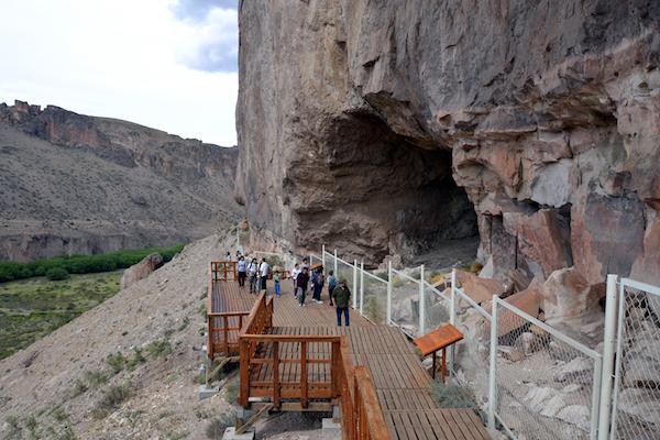 entrada a la Cueva de las Manos