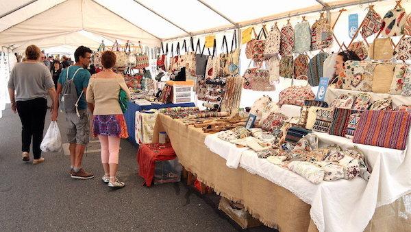 La Feria de las Artesanías, cerro de los 7 colores